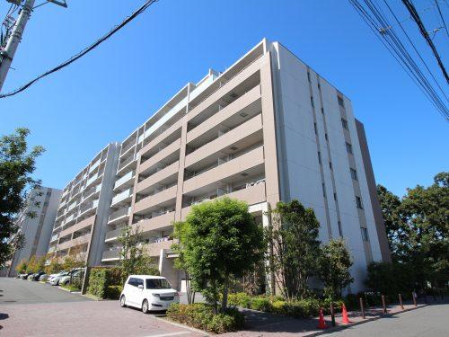 総戸数187戸のビックコミュニティ! 平成26年築の築浅のマンション!(外観)