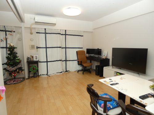 LDK+隣接洋室、間仕切りを開放すれば約19.3畳のおもてなしスペースに♪(居間)